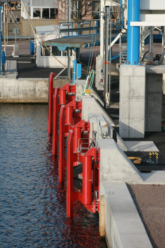 Parallel motion fender, Torsion fender Portsuppliers Group