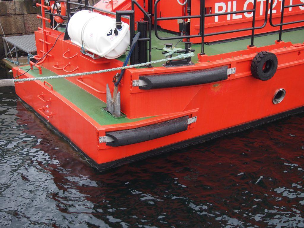 PsG DD fender on working boat
