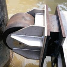 PsG cusion fender for pontoons
